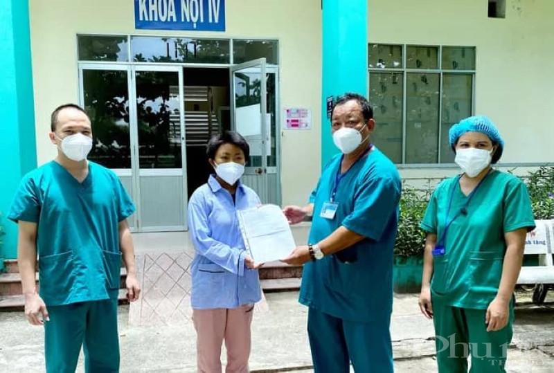 Các bác sĩ bệnh viện Phổi Đà Nẵng công bố chữa khỏi cho bệnh nhân 783.