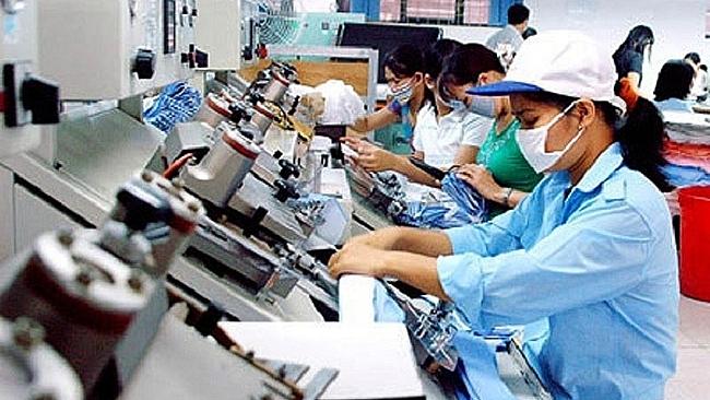 Lao động mất việc làm có thể tăng 100.000 người/tháng. Ảnh minh họa