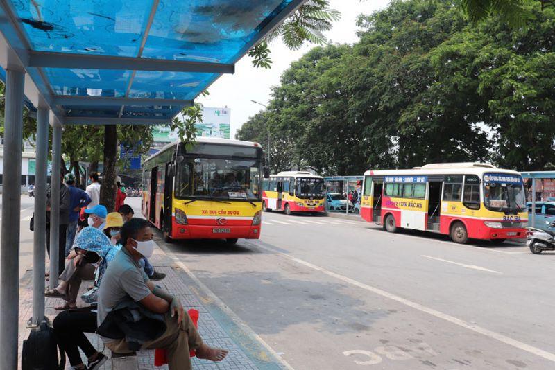 Để thu hút người dân sử dụng dịch vụ xe buýt, rất cần có những ưu tiên đặc biệt về cơ sở hạ tầng cho xe buýt.