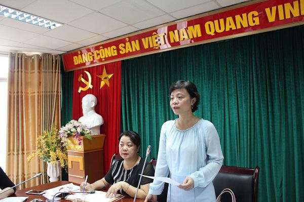 Đồng chí Nguyễn Thanh Cầm - Trưởng ban Chính sách – Luật pháp Hội LHPN Việt Nam phát biểu tại hội nghị.