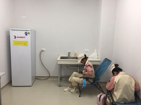 Phòng vắt và trữ sữa cho công nhân nữ tại Công ty TNHH Điện Tử Meiko Việt Nam
