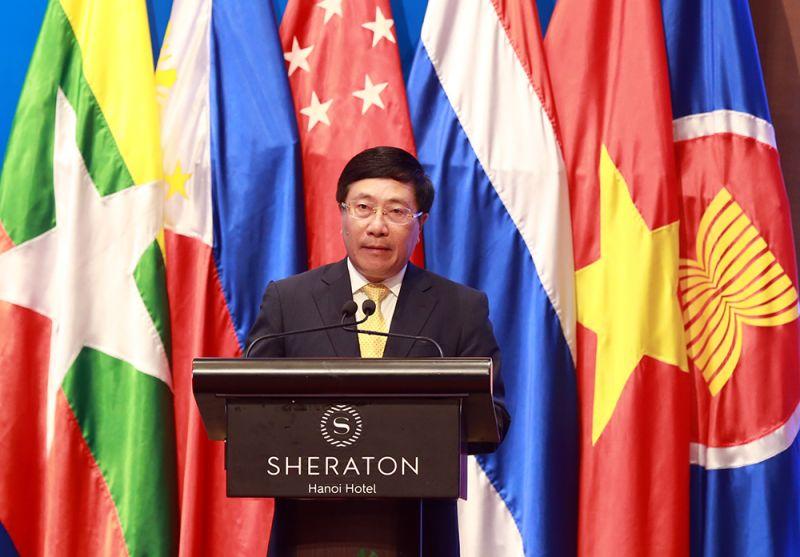 Phó Thủ tướng, Bộ trưởng Bộ Ngoại giao Phạm Bình Minh phát biểu tại hội thảo - Ảnh: VGP/Hải Minh