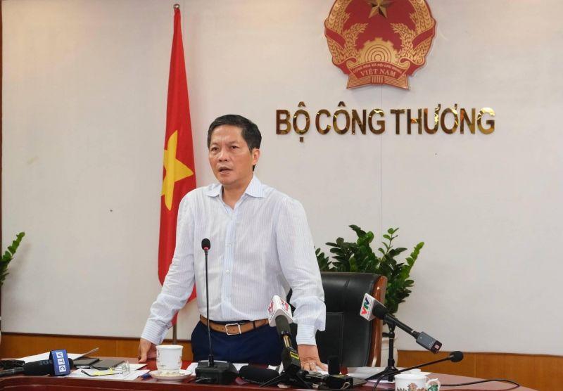 Bộ trưởng Bộ Công Thương Trần Tuấn Anh yêu cầu các đơn vị liên quan tiếp tục lắng nghe, tiếp thu ý kiến của người dân về biểu giá điện. Ảnh: VGP/Phan Trang