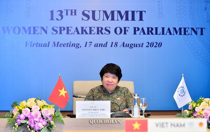 Chủ nhiệm Uỷ ban Về các vấn đề xã hội Nguyễn Thuý Anh tham dự trực tuyến Hội nghị thượng đỉnh các Nữ Chủ tịch Quốc hội lần thứ 13. Ảnh: quochoi.vn