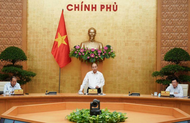 Thủ tướng chủ trì phiên họp Thường trực Chính phủ chiều 19/8. Ảnh: VGP/Quang Hiếu