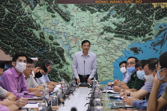 Ban Chỉ đạo trung ương về Phòng, chống thiên tai họp bàn phương án ứng phó mưa to và xả lũ trên sông Hồng.
