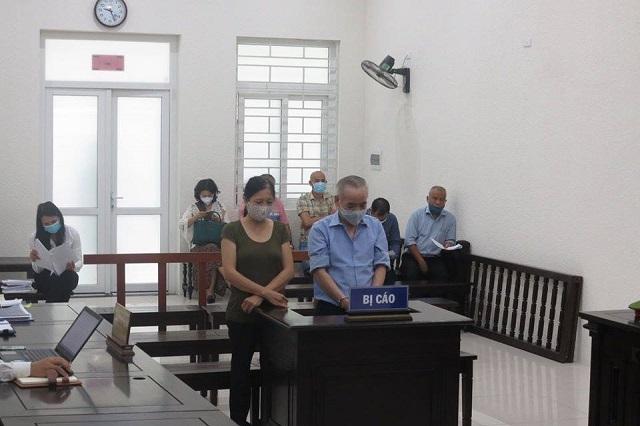 Bị cáo Trần Ngọc Hưng và Nguyễn Thị Bích tại tòa