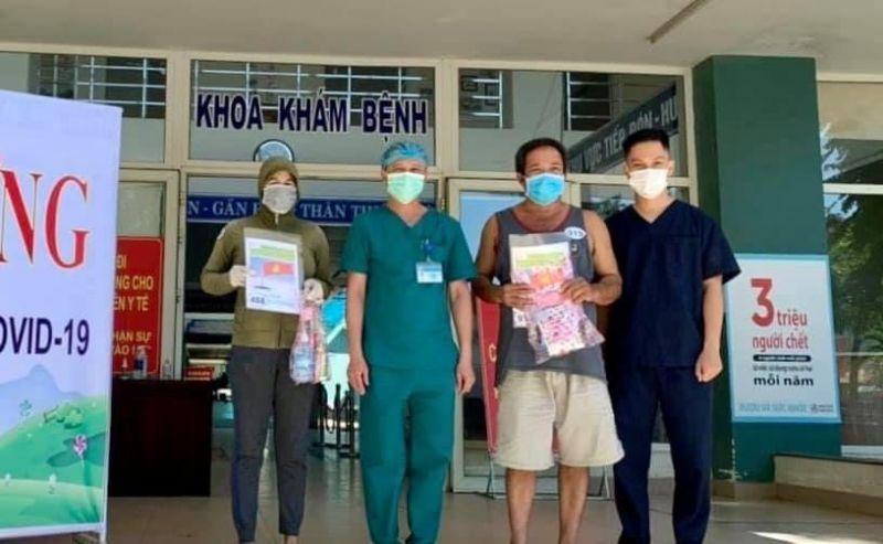 2 bệnh nhân được công bố khỏi bệnh tại BV Hoà Vang.