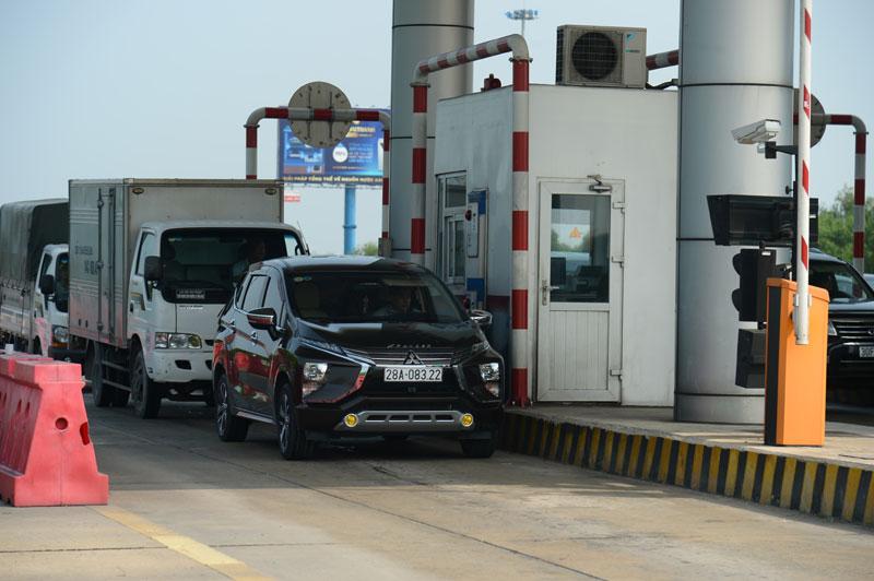 Trạm thu phí trên cao tốc Hà Nội - Hải Phòng. Ảnh: Phạm Hùng