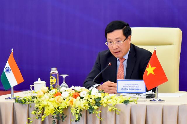 Phó Thủ tướng Chính phủ, Bộ trưởng Ngoại giao Phạm Bình Minh đồng chủ trì Kỳ họp lần thứ 17 Ủy ban Hỗn hợp Việt Nam - Ấn Độ về Hợp tác Kinh tế, Thương mại, Khoa học và Kỹ thuật