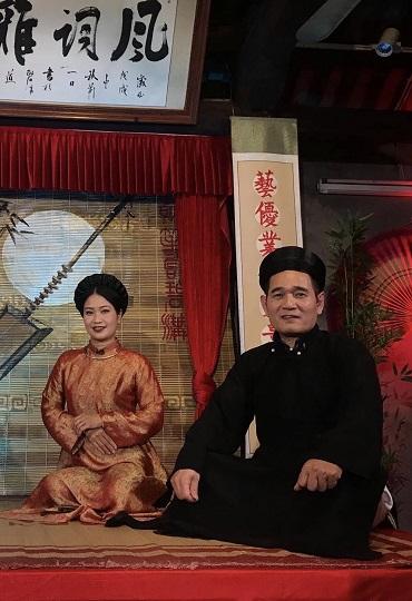 Hai anh em nghệ nhân Nguyễn Văn Khuê, Nguyễn Thúy Hòa thuộc Giáo phường Ca trù Thái Hà
