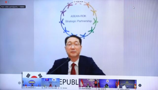 Ông Kim Gunn - Trưởng SOM Hàn Quốc khẳng định Hàn Quốc coi trọng quan hệ với ASEAN