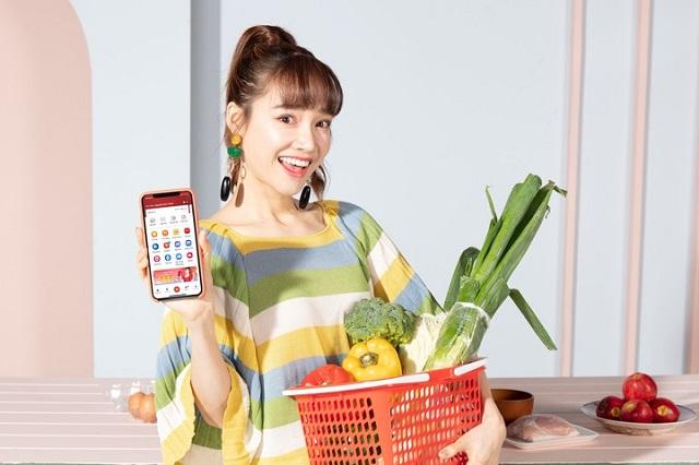 Diễn viên Nhã Phương 'mách' các chị em bí kíp 'trốn việc' thông minh là dùng tính năng đi trợ trong app VinID