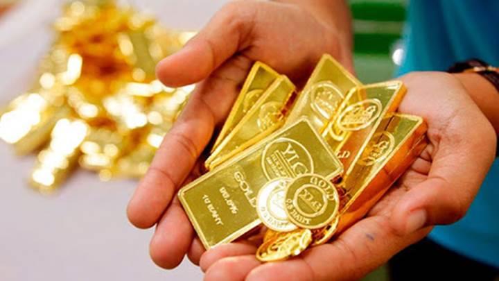 Giá vàng thế giới và trong nước chiều 1/9 đồng loạt tăng phi mã.