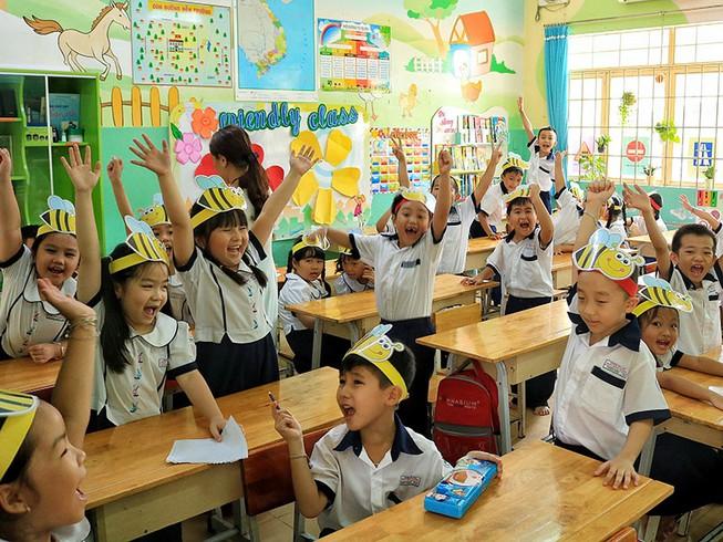 Nhà nước hỗ trợ 30% mức đóng BHYT; học sinh, sinh viên đóng 70%.