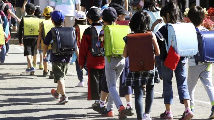 Trẻ em Nhật Bản không hề hạnh phúc dù có điều kiện về vật chất rất tốt. Ảnh: kyodonews.net