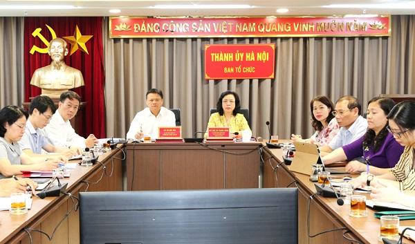 Phó Bí thư Thường trực Thành ủy Ngô Thị Thanh Hằng dự hội nghị tại điểm cầu  Thành ủy Hà Nội.
