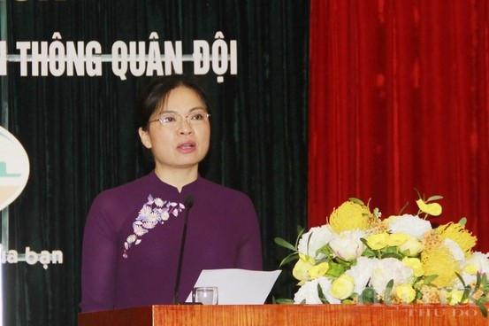 Đồng chí Hà Thị Nga- Chủ tịch Trung ương Hội LHPN Việt Nam phát biểu khai mạc hội nghị tập huấn