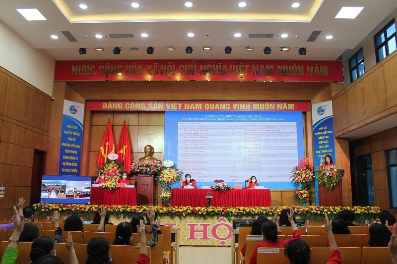 Các đại biểu tham dự đại hội thực hiên nghiêm túc các biện pháp về phòng chống dịch