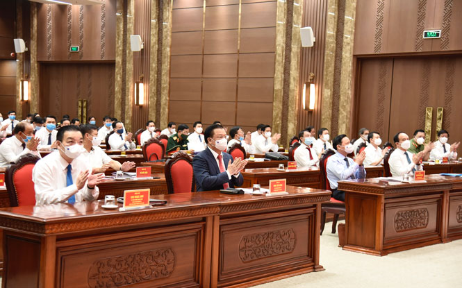 Các đồng chí lãnh đạo T.Ư và TP Hà Nội dự Hội nghị