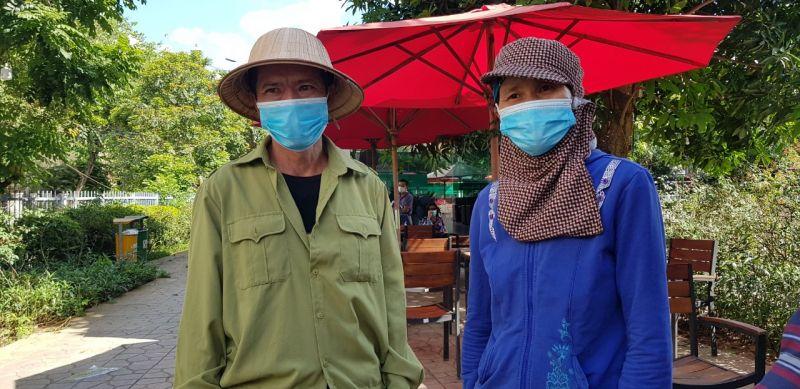 Bà Hoa, ông Sót quê ở tỉnh Bắc Kạn gửi con ở quê xuống Hà Nội làm thuê mà không được nhận lương gửi về nuôi con