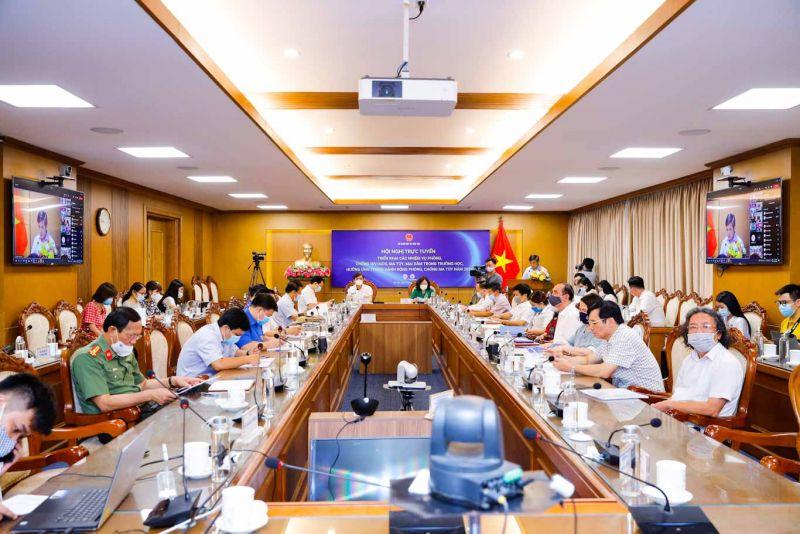 Hội nghị được tổ chức theo hình thức trực tuyến tại điểm cầu Bộ Giáo dục và Đào tạo và tại 63 điểm cầu của 63 Sở Giáo dục và Đào tạo. Bà Ngô Thị Minh - Thứ trưởng Bộ Giáo dục và Đào tạo chủ trì Hội nghị.
