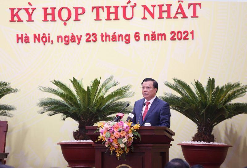 Đồng chí Đinh Tiến Dũng Ủy viên Bộ Chính trị, Bí thư Thành ủy Hà Nội phát biểu
