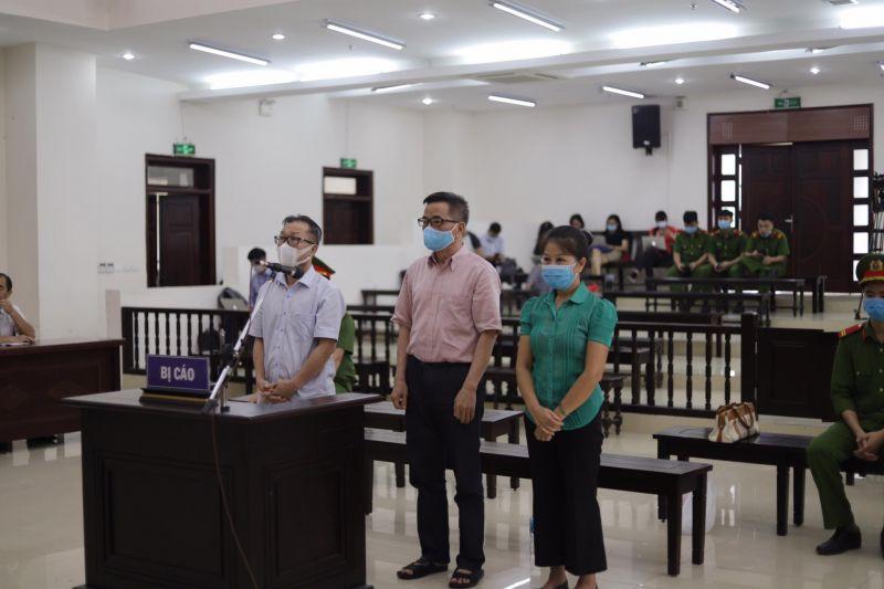 Các bị cáo tại phiên toà phúc thẩm