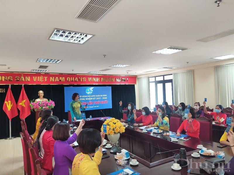 Phiên họp thứ Nhất Ban chấp hành Hội LHPN quận Ba Đình lần thứ XXIII