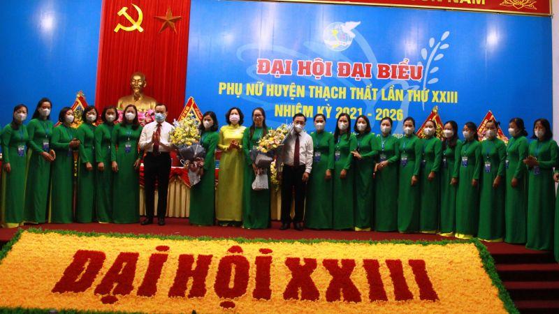 Ban Chấp hành Hội LHPN huyện khoá XXIII ra mắt đại hội