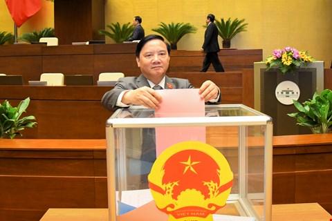 Phó Chủ tịch Nguyễn Khắc Định