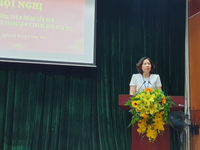 Đồng chí Lê Kim Anh, Bí thư Đảng đoàn cơ quan Hội LHPN Hà Nội phát biểu chỉ đạo tại Hội nghị