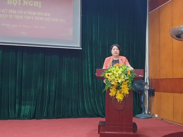 Đồng chí Nguyễn Thị Thu Thủy, Bí thư Đảng ủy cơ quan Hội LHPN  Hà Nội triển khai nhiệm vụ 6 tháng cuối năm tại Hội nghị