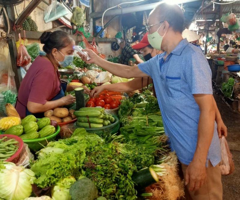 Tại các chợ truyền thống việc thực hiện 5K nghiêm túc