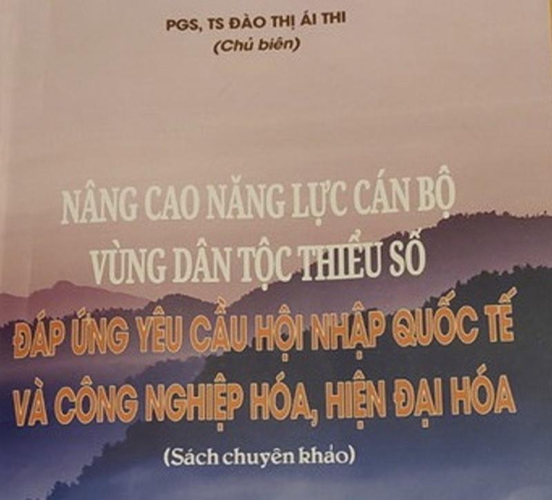 Một cuốn sách chuyên khảo có sự tham gia của bà Đào T hị H.T