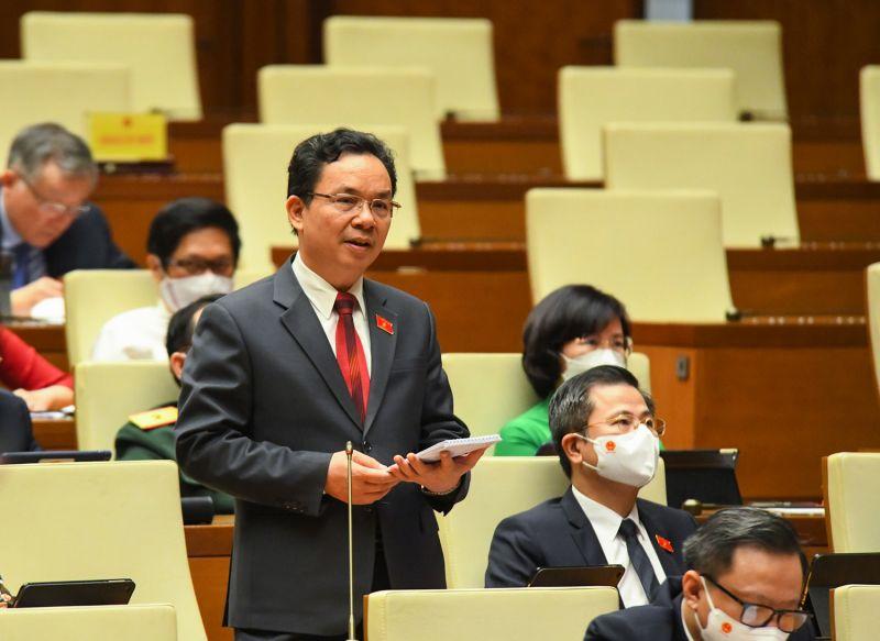đại biểu Hoàng Văn Cường (đoàn Hà Nội)