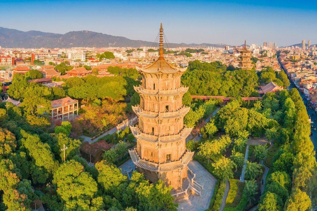 hành phố cảng Tuyền Châu từng được nhà thám hiểm người Italy Marco Polo ca ngợi là