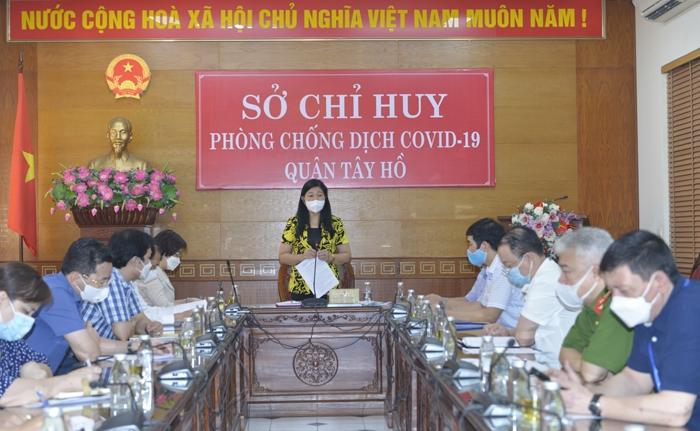 Chủ tịch Ủy ban MTTQ Việt Nam thành phố Nguyễn Lan Hương phát biểu kết luận buổi kiểm tra