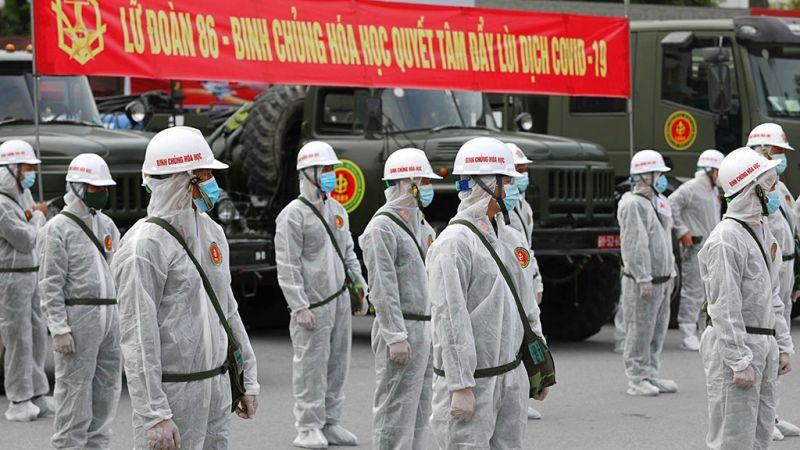 Lãnh đạo thành phố và người dân đều xúc động trước những đóng góp của lực lượng phòng chống dịch
