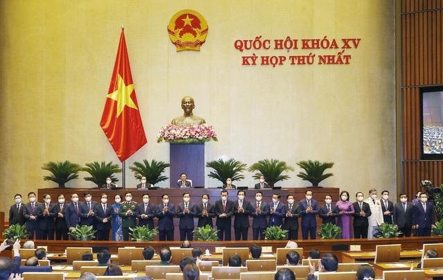 Chính phủ nhiệm kỳ 2021 – 2026 ra mắt Quốc hội