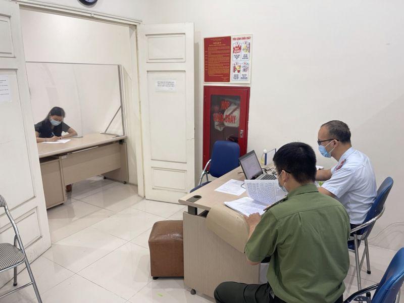 Thanh tra Sở Thông tin và Truyền thông Hà Nội phối hợp với Phòng An ninh mạng và phòng chống tội phạm sử dụng công nghệ cao - Công an Thành phố Hà Nội đã xử phạt vi phạm hành chính các cá nhân