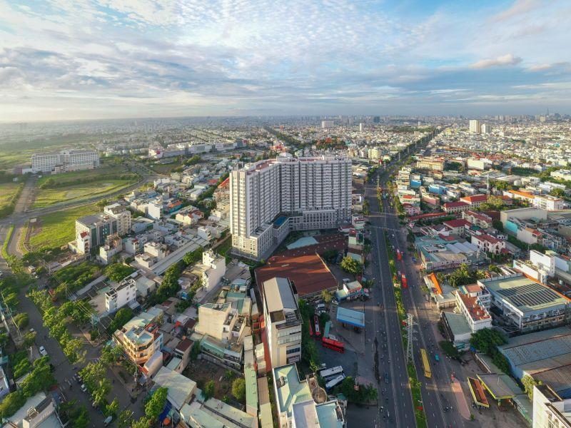Hạ tầng quận Bình Tân hoàn thiện với nhiều tuyến đường lớn rộng thoáng