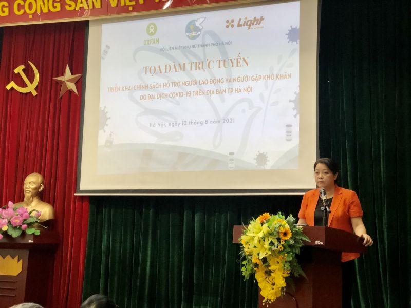 Đồng chí Nguyễn Thị Thu Thủy, Phó Chủ tịch Thường trực Hội LHPN Hà Nội đưa ra các khuyến nghị tại Hội nghị trực tuyến