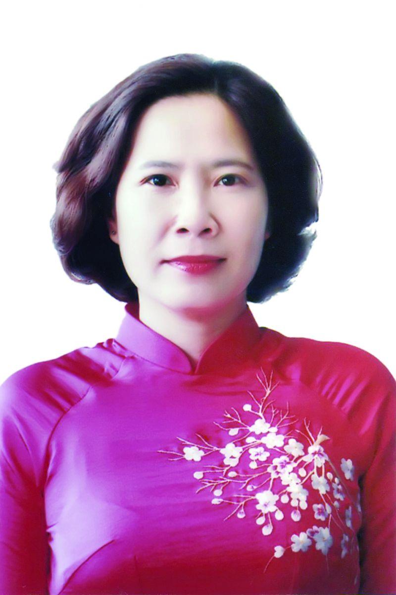 Đồng chí Lê Kim Anh