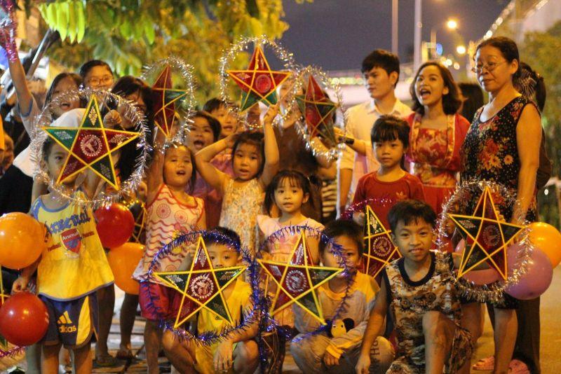 Bảo đảm mọi trẻ em trong thành phố đều được vui Tết Trung Thu trong mùa dịch