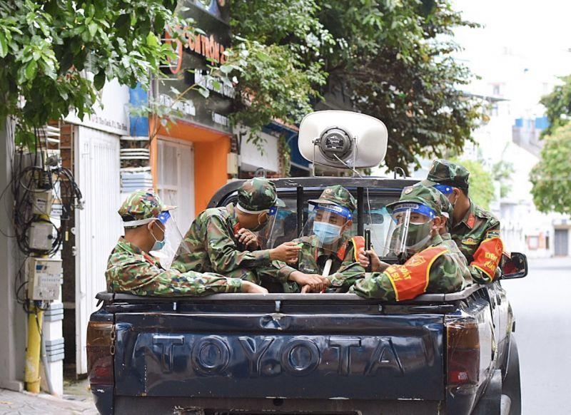 Từ ngày 23/8 đến 15/9, người dân sẽ bắt gặp hình ảnh các chiến sĩ quân đội cùng tham gia chống dịch tại TP Hồ Chí Minh.