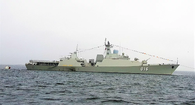 Tàu HQ-016 Quang Trung của Hải quân Nhân dân Việt Nam tại Army Games 2021.