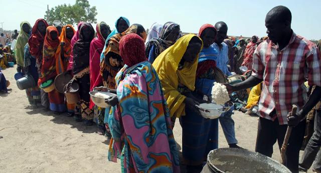 Hàng chục nghìn người dân địa phương đã lâm vào cảnh đói ăn do hạn hán kéo dài 4 năm.