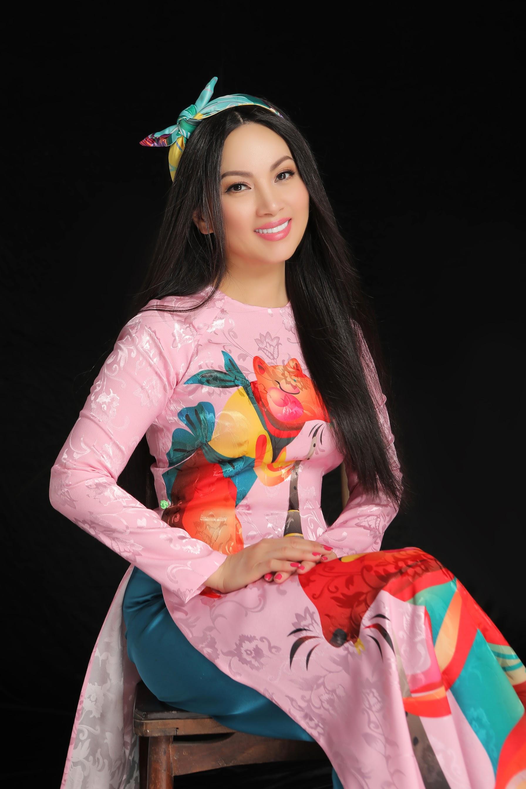 Ca sĩ Hà Phương