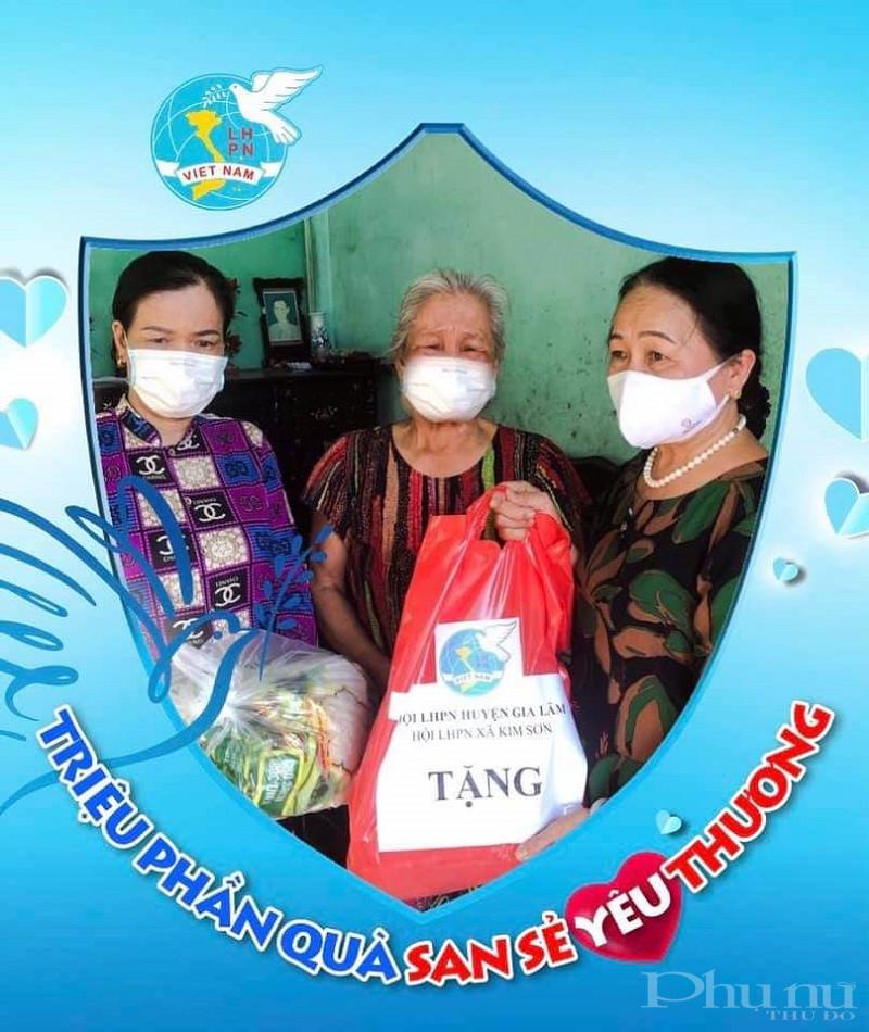 Phụ nữ Gia Lâm tặng những suất quà cho phụ nữ khó khăn trên địa bàn